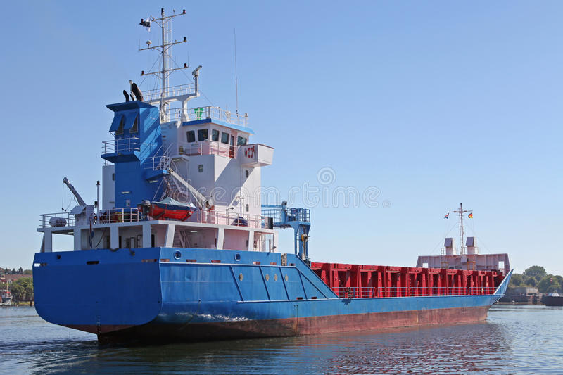 Cargueiro em Kiel Canal fotografia de stock