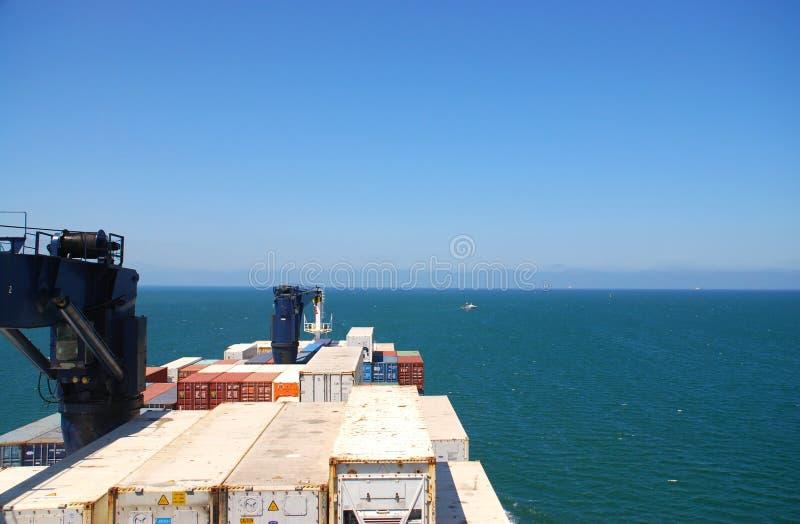 Carguero en el mar fotografía de archivo libre de regalías