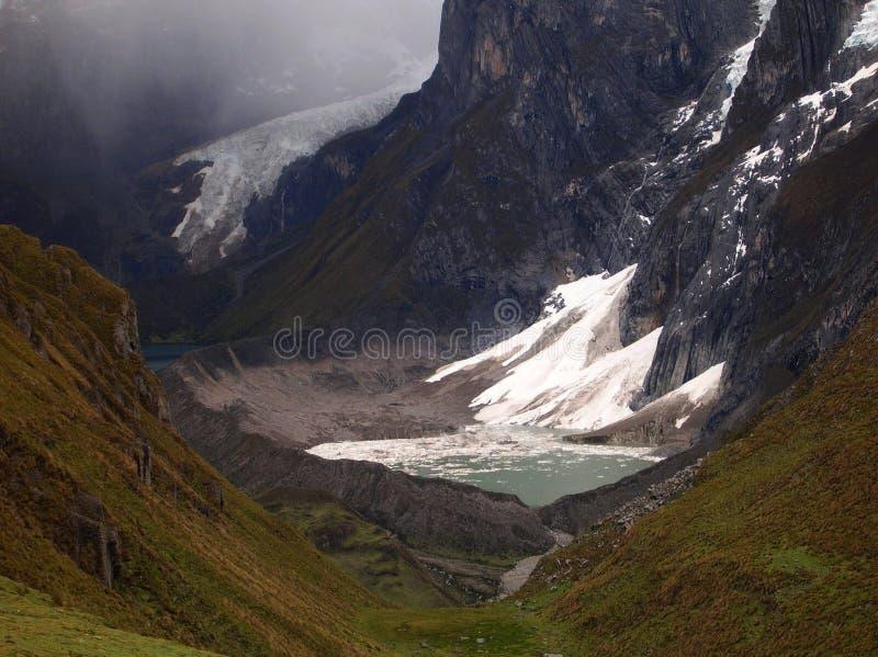 carhuacocha Cordillera jeziora fotografia stock