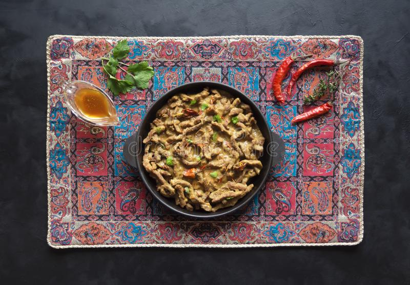 Cari indien épicé de boeuf Plat indien avec de la viande photos stock