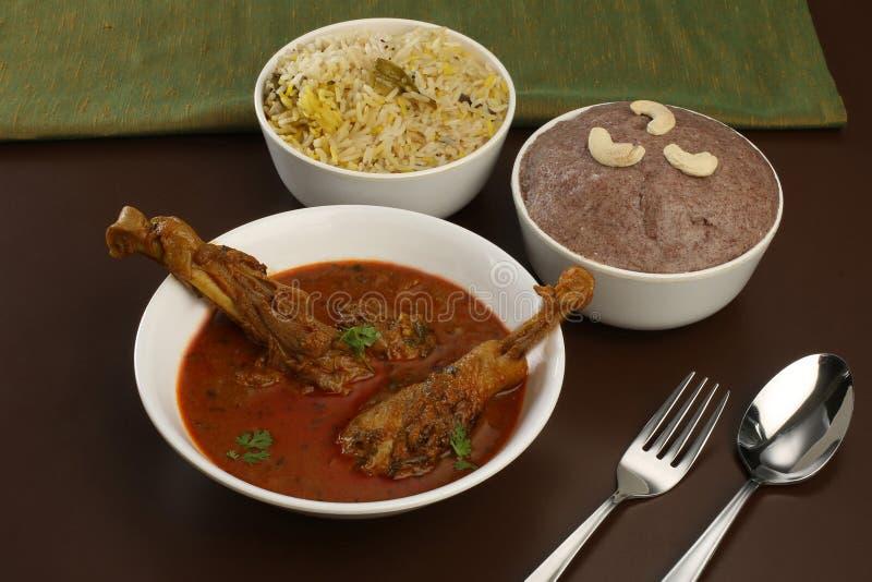 Cari rural de poulet de pays de cuisine de Telangana photo libre de droits