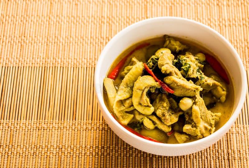 Cari vert avec le poulet, nourriture thaïlandaise images libres de droits