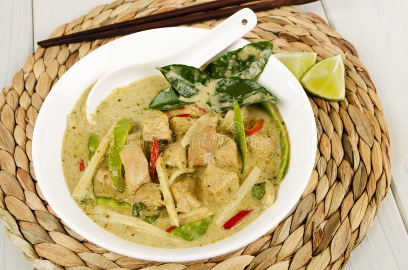 Cari vert thaïlandais de poulet images libres de droits