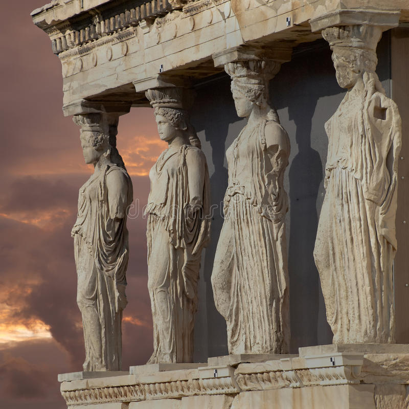 Cariatidi, tempio Atene, Grecia di erechtheum fotografia stock libera da diritti
