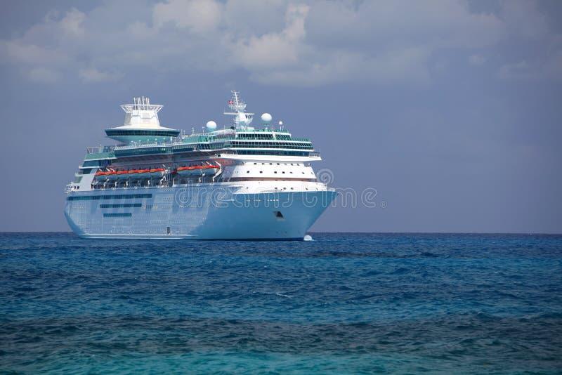 caribbean rejsu królewski statek