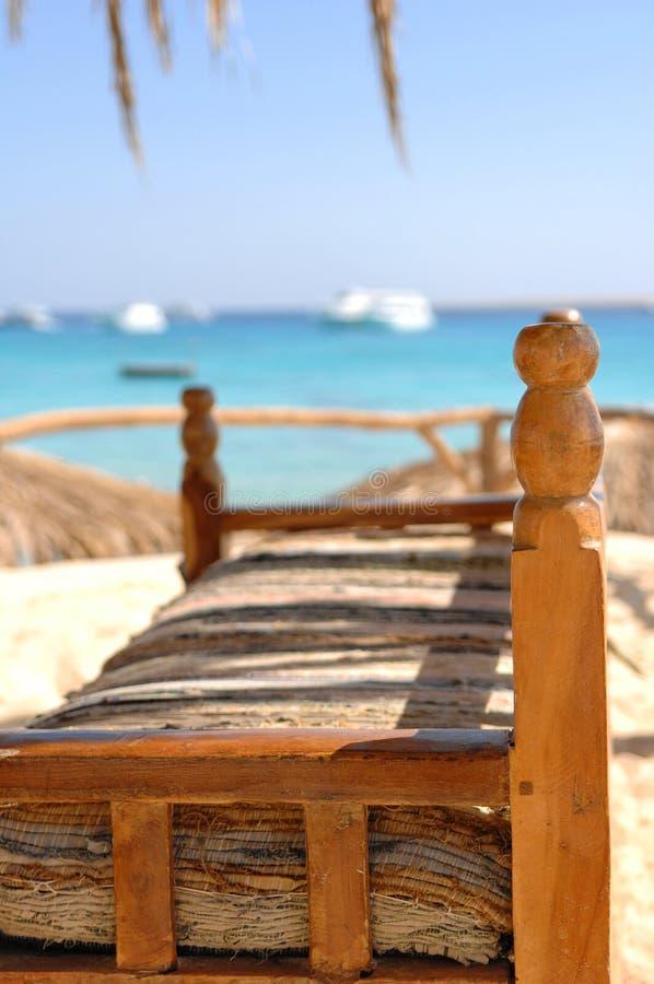 carician sofa för strand arkivbilder