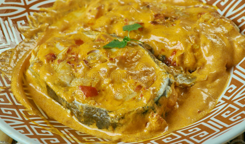Caril bengali dos peixes da mostarda fotografia de stock