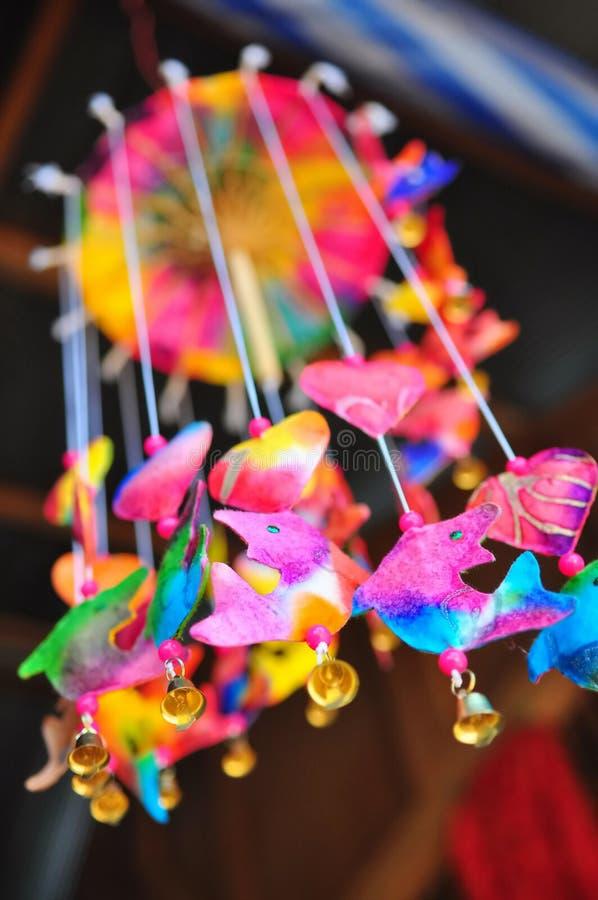 Carillón de viento colorido foto de archivo libre de regalías