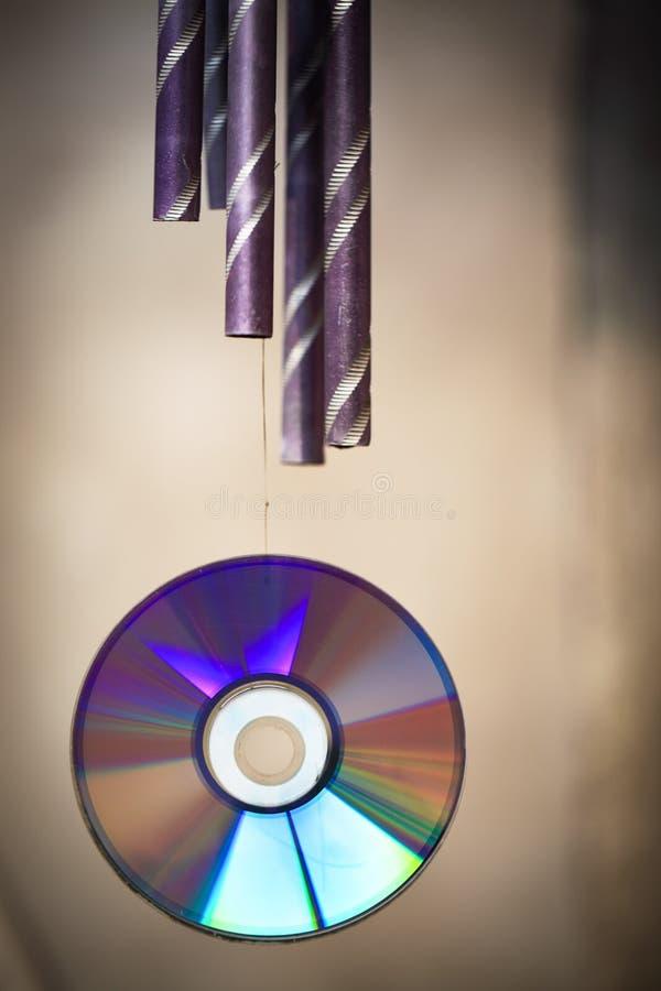 Carillón de viento y CD-ROM fotografía de archivo libre de regalías