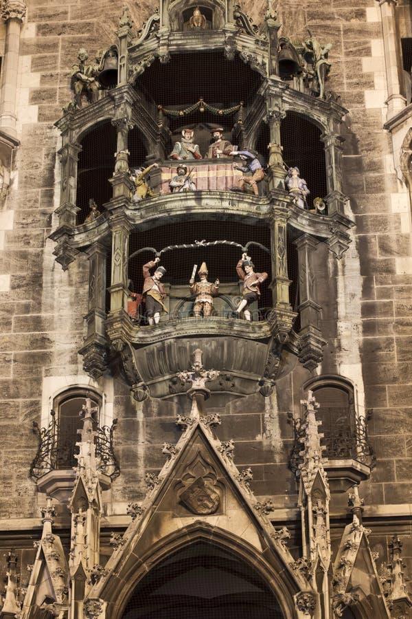 Carillon sul nuovo corridoio di città di Monaco di Baviera immagine stock libera da diritti