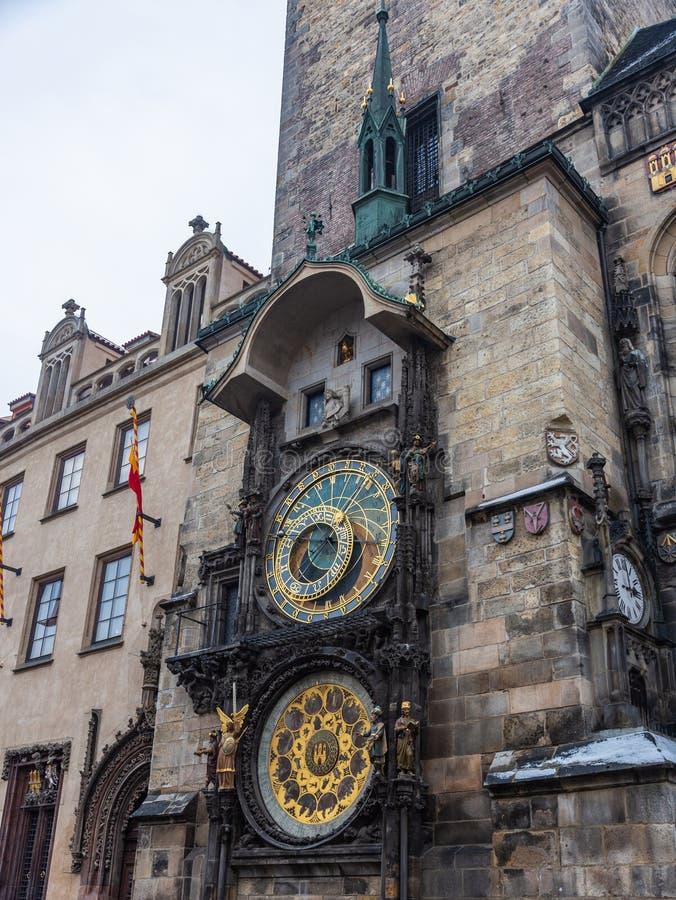 Carillones astronómicos famosos del reloj en Praga en la vieja plaza imagen de archivo libre de regalías