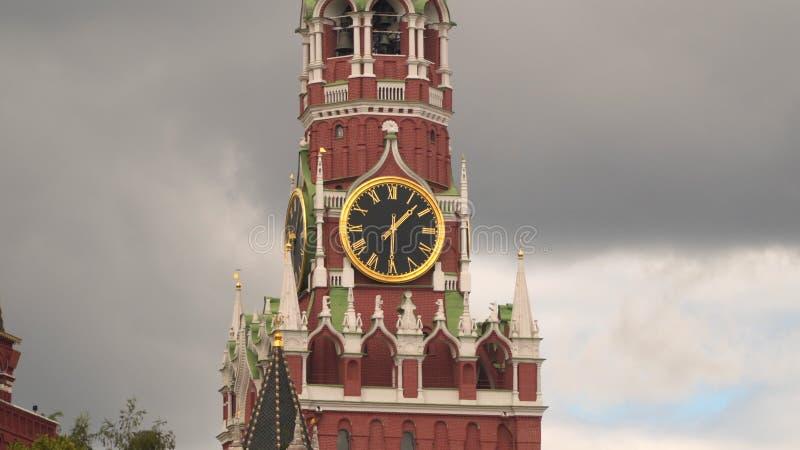 Carillones del Kremlin en la torre de Spassky Cuadrado rojo foto de archivo
