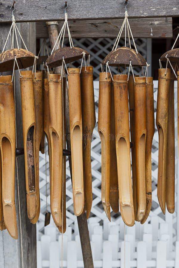 carillons de vent en bambou image stock image du normal nature 27025419. Black Bedroom Furniture Sets. Home Design Ideas