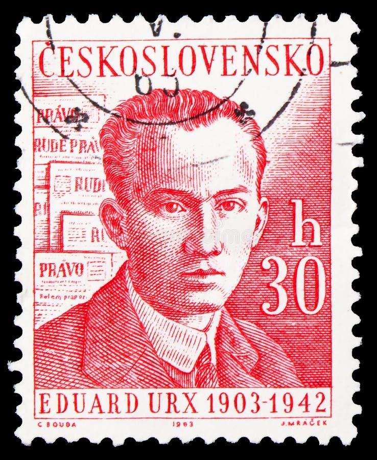 Carimbo impresso na Checoslováquia mostra Eduard Urx, Celebridades Culturais e Eventos seriados, por volta de 1963 imagem de stock royalty free