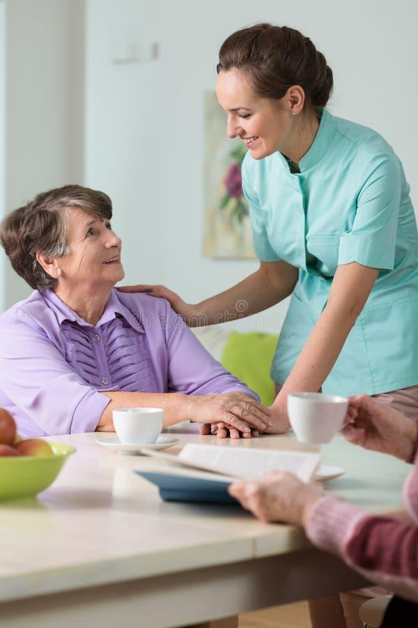 Free Caring Nurse Royalty Free Stock Photos - 55579818