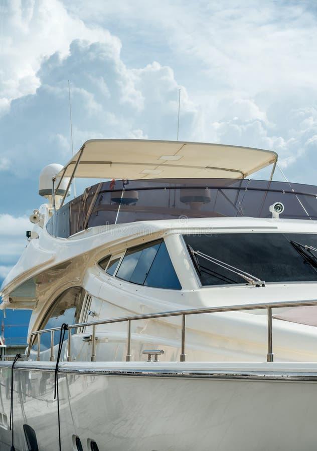 Carlingue moderne de yacht images libres de droits