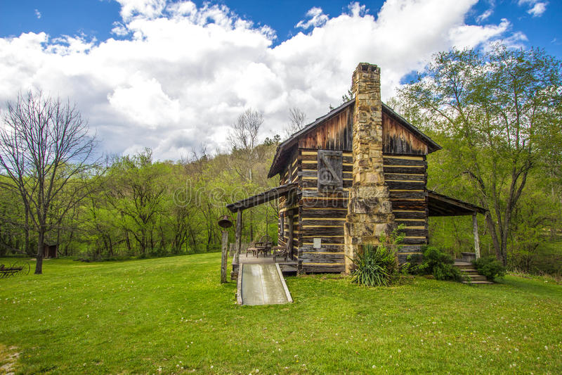 Carlingue pionnière historique au Kentucky photographie stock