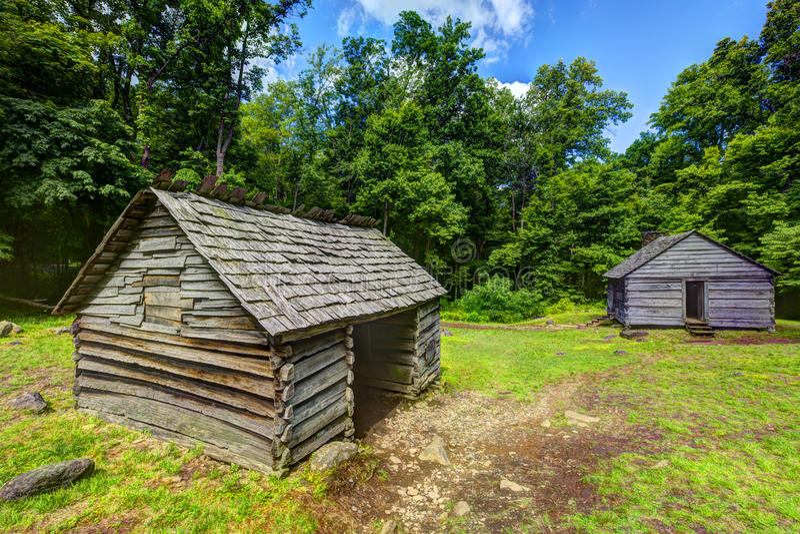 Carlingues de rondin dans Great Smoky Mountains images stock