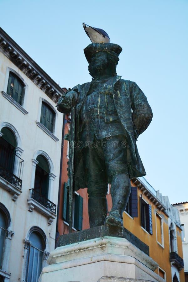 Carlo Goldoni broncea la estatua, Venecia, Italia, Europa imagen de archivo