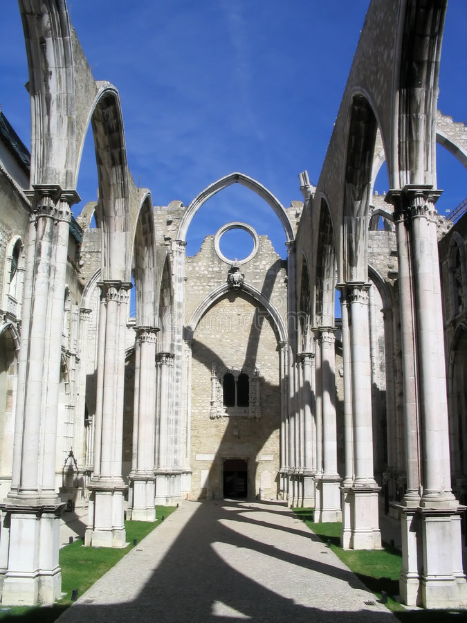Carmo Convent in Lissabon stock afbeelding