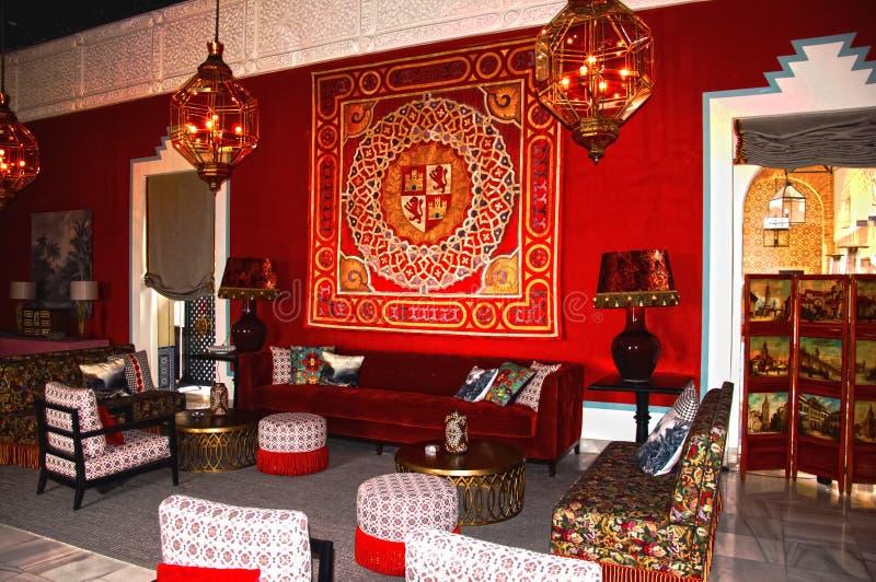 carmona Spain 19 01 2019 Hotelowy Padador Antykwarski meble w sali, czerwony wnętrze fotografia stock
