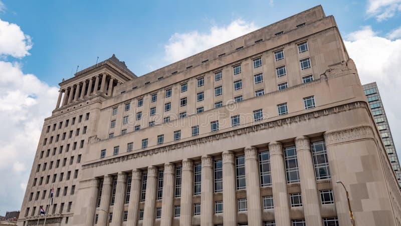 Carnahan gmach sądu St Louis miasta sąd objazdowy - ST LOUIS, usa - CZERWIEC 19, 2019 obrazy stock