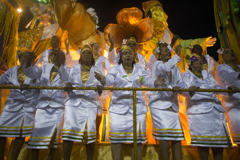 Download Carnaval 2014 redactionele stock foto. Afbeelding bestaande uit kostuum - 39103693