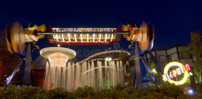 Carnaval da luz no parque de diversões de Linnanmaki imagens de stock