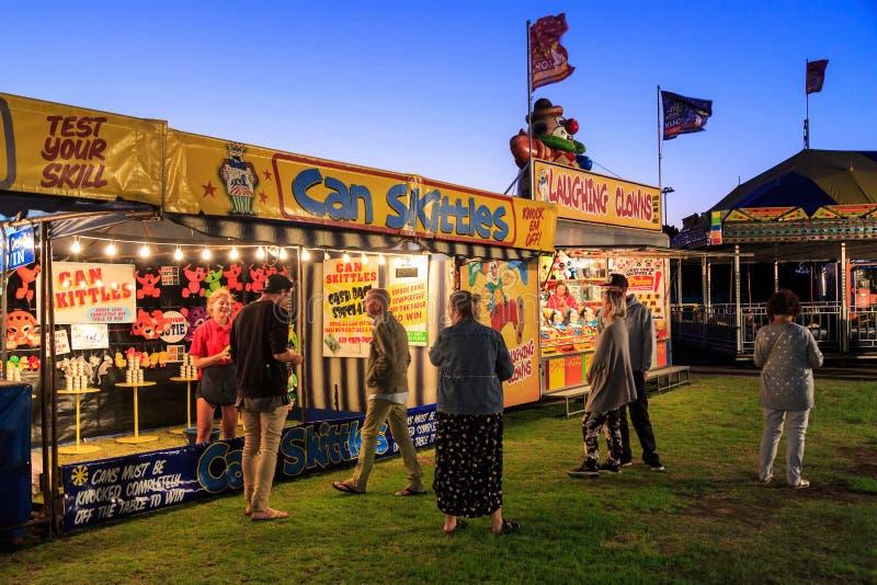 Carnaval del verano, soporte Maunganui, Nueva Zelanda Juegos del acto secundario fotos de archivo libres de regalías