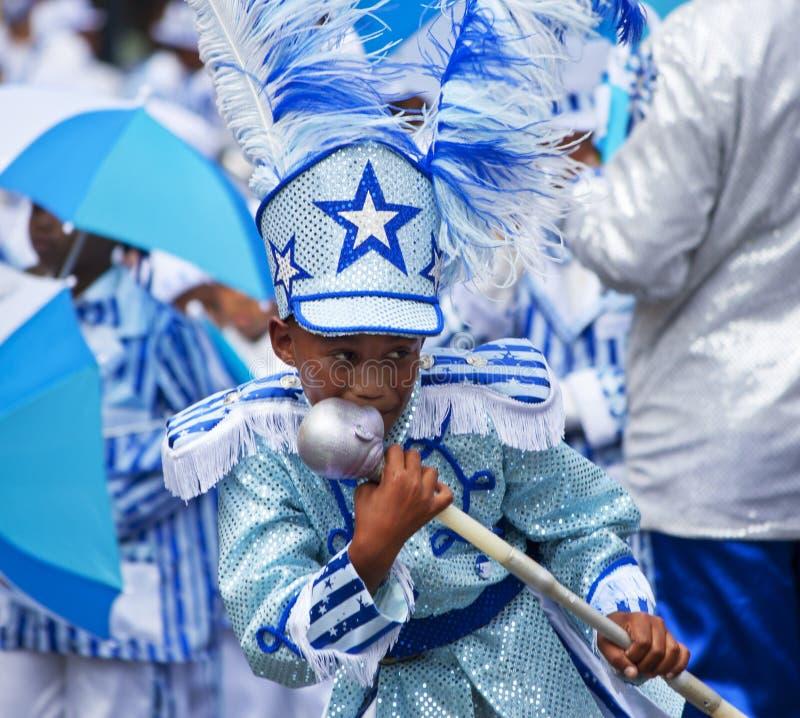 Carnaval do Minstrel - o menino beija o bastão imagens de stock