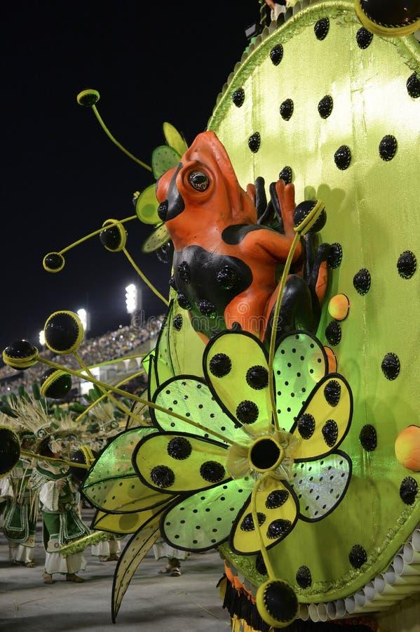 Download Carnaval 2017 - Imperio Serrano Photo éditorial - Image du grenouille, école: 87701151
