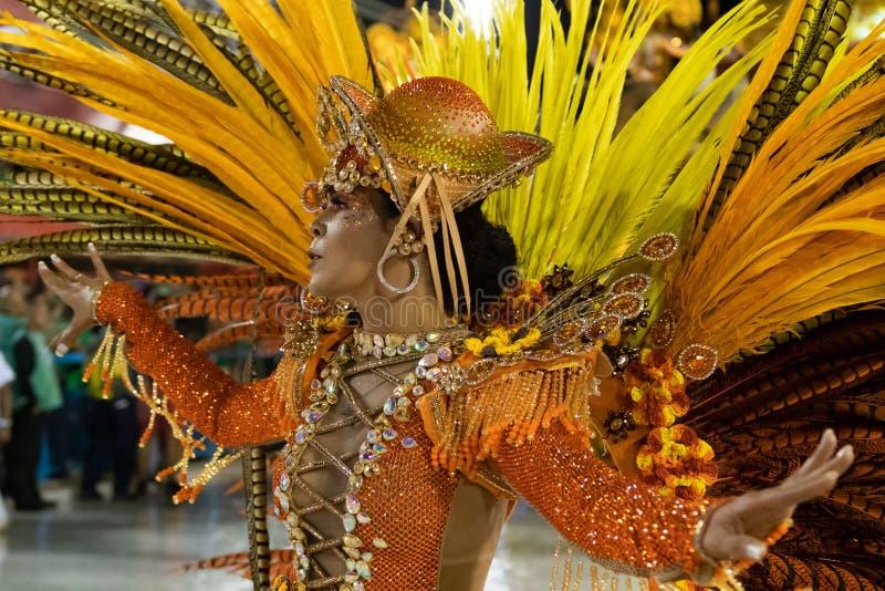 Carnaval 2020 - Inocentes de Belford Roxo imagen de archivo