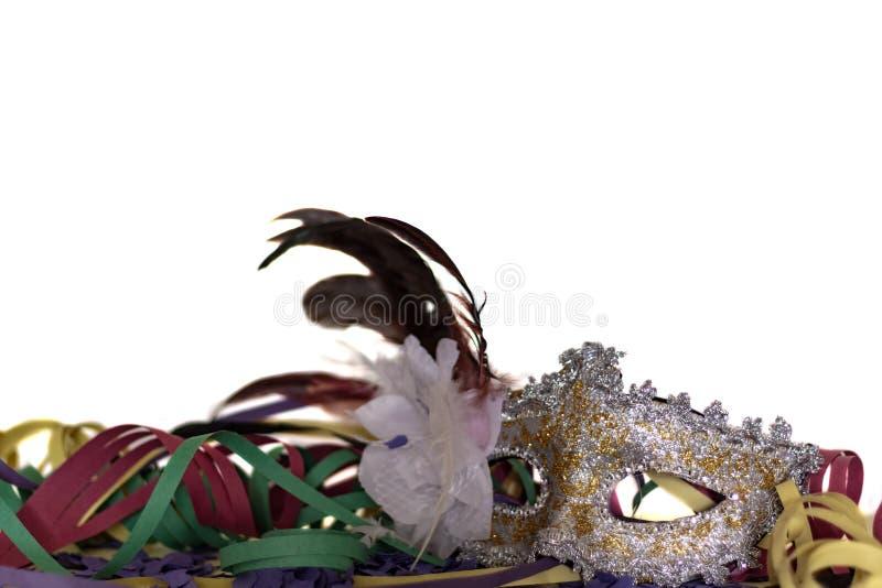 Carnaval-Masker en Wimpels agains witte achtergrond Feestelijk concept stock afbeelding