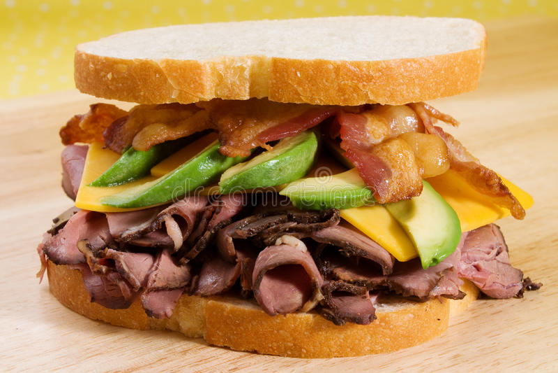 Carne, abacate, & bacon do assado fotos de stock
