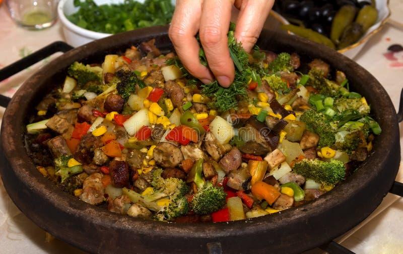 Carne con las verduras imagen de archivo libre de regalías