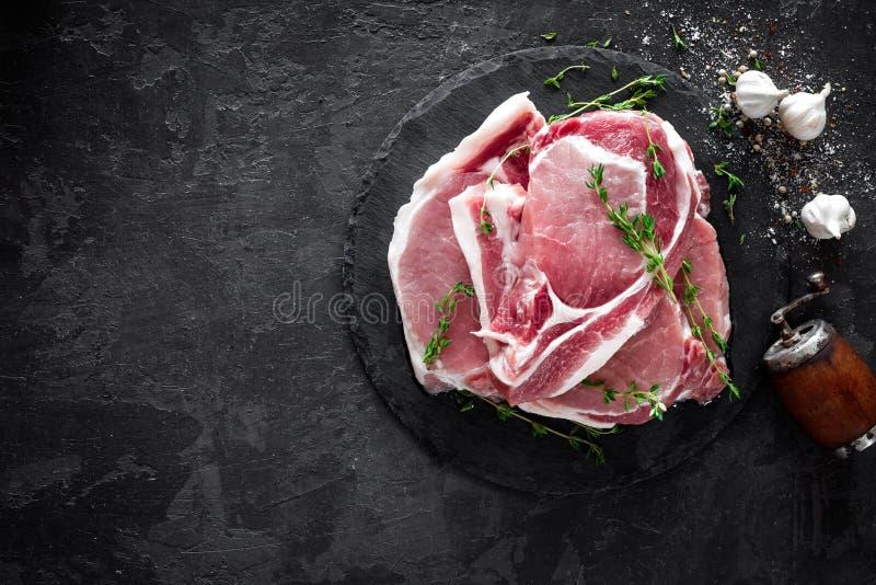 Carne crua, bifes da carne de porco fotos de stock