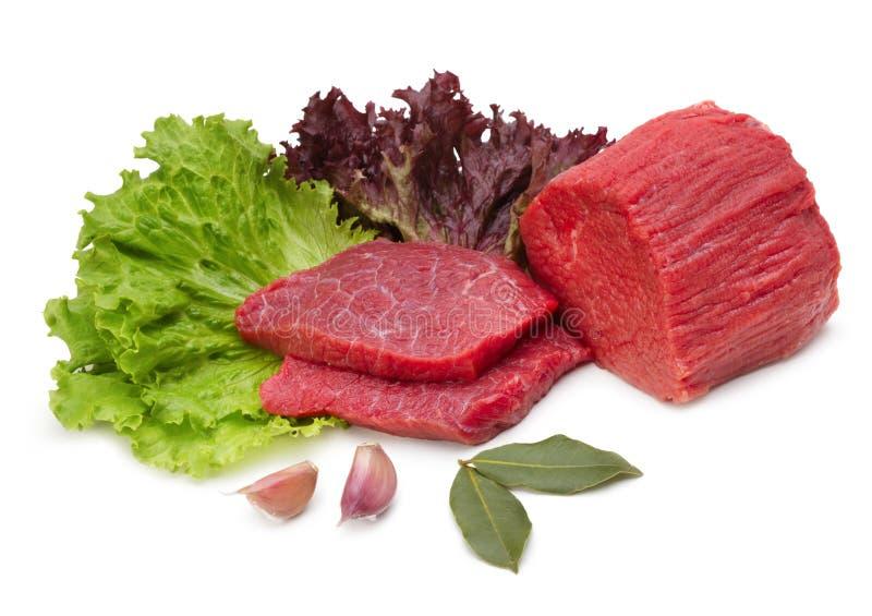 Carne crua com ingredientes fotos de stock