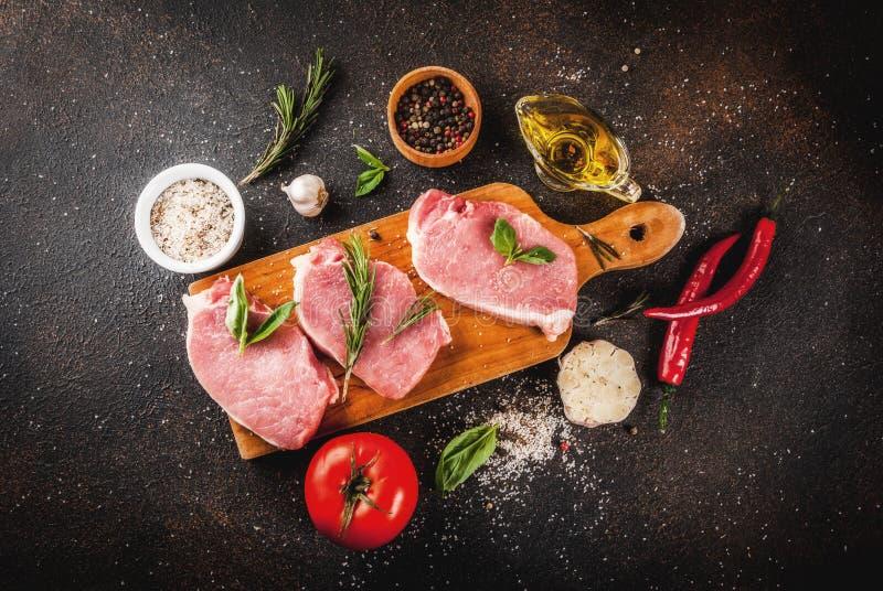 Carne cruda, bistecche della carne di maiale fotografia stock