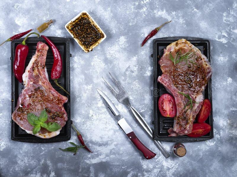 Download Carne Cruda, Filete De Carne De Vaca Foto de archivo - Imagen de solomillo, oscuro: 100526826