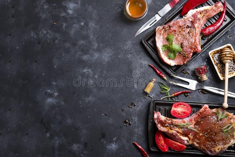Download Carne Cruda, Filete De Carne De Vaca Imagen de archivo - Imagen de alimento, condimento: 100529043