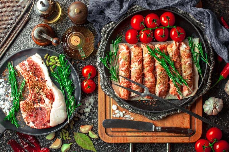 Carne cruda sulla cucina immagine stock libera da diritti