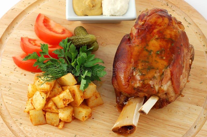 Carne de porco com vegetais fotos de stock