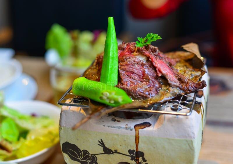Carne de vaca ahumada tradicional del wagyu de la barbacoa fotos de archivo