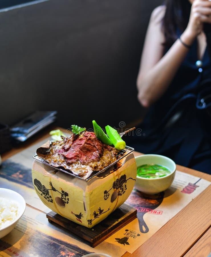 Carne de vaca ahumada tradicional del wagyu de la barbacoa imagen de archivo