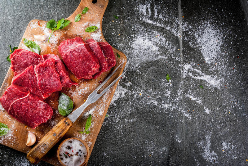 Carne de vaca, ternera Filete crudo fresco fotos de archivo