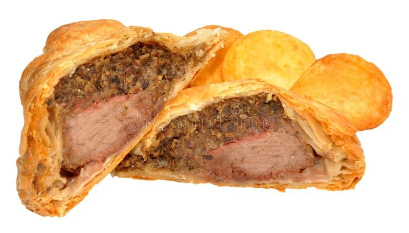 Carne de vaca Wellington And Roasted Potatoes fotos de archivo libres de regalías