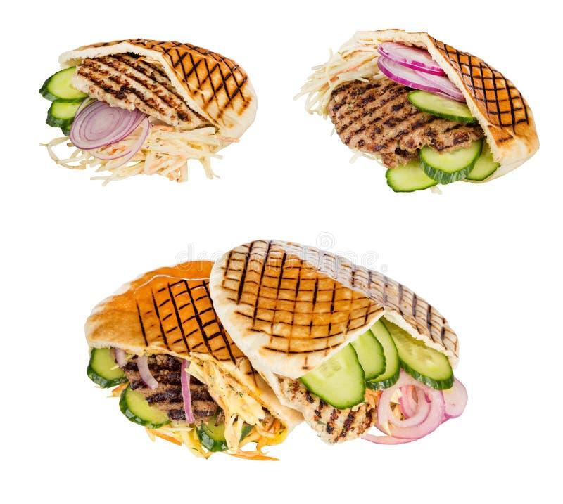 Carne degli alimenti a rapida preparazione con le verdure in pita fotografia stock