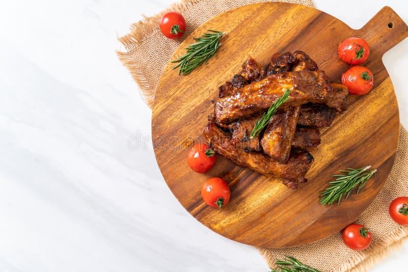carne di maiale arrostita delle costole del barbecue immagini stock