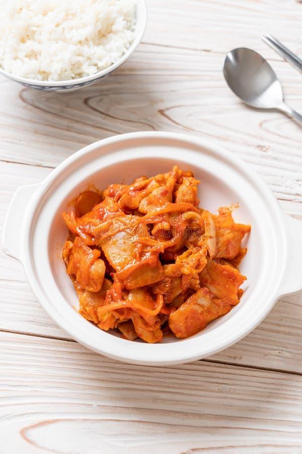Carne di maiale in padella con il kimchi fotografia stock libera da diritti