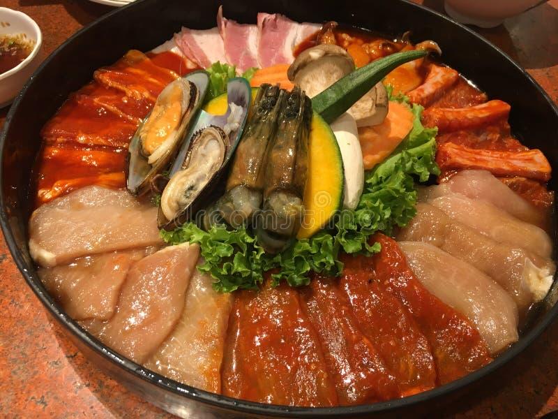 Carne e marisco ajustados para grelhar fotos de stock royalty free